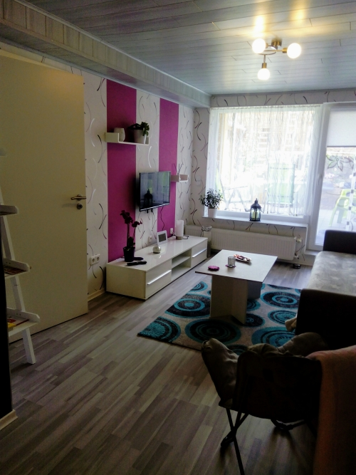 Wohnzimmer, TV und WLAN